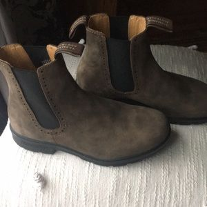 Blundstone 1351 high top chelsea boots
